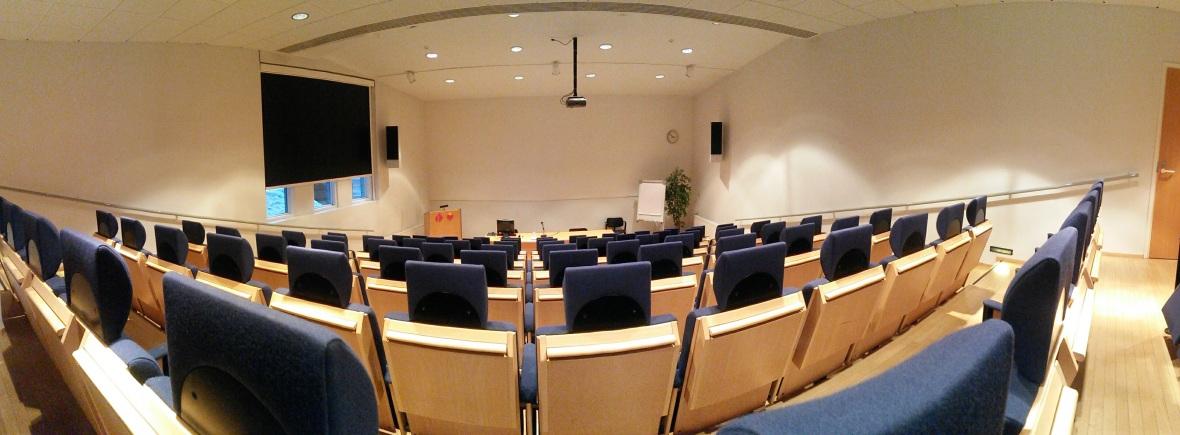 Oltermannikeskuksen auditorio